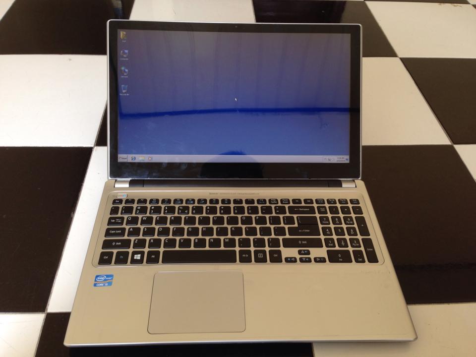 Acer Aspire V7-582P I5 15-2