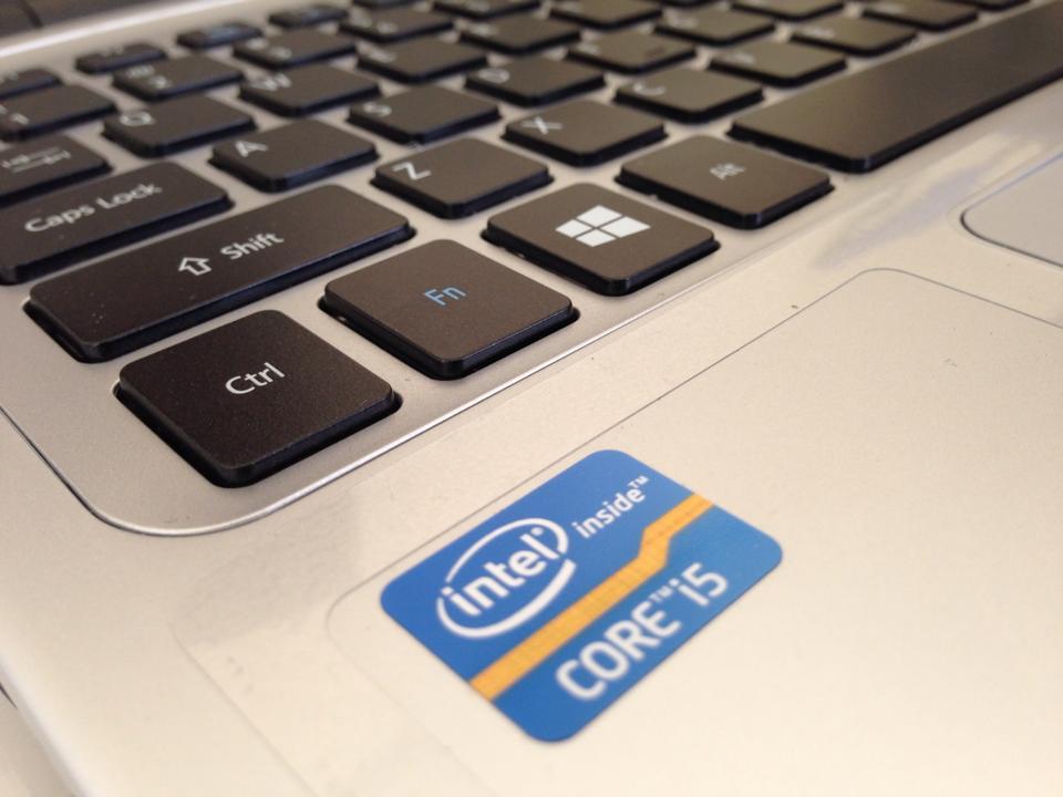 Acer Aspire V7-582P I5 15-3