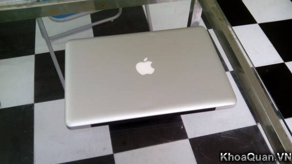 Macbook Pro MC700 15-4