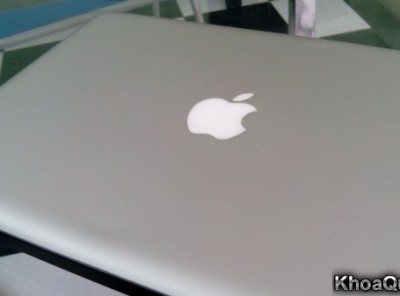 Macbook Pro MC700 (Core i5 2.3GHz 2415M – Ram 4Gb – HDD 320 Gb – 13 inch) mới 95%