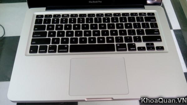 Macbook Pro MC700 15-8