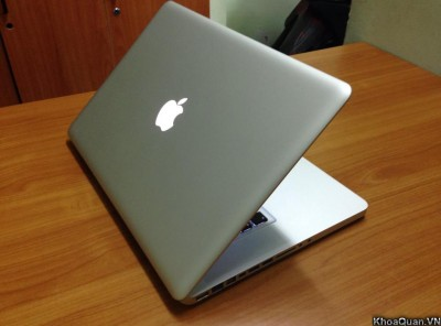 Macbook Pro MC721 – Early 2011 (Quad Core I7 2.0GHz – Ram 4GB – HDD 500GB – 15 Inch)
