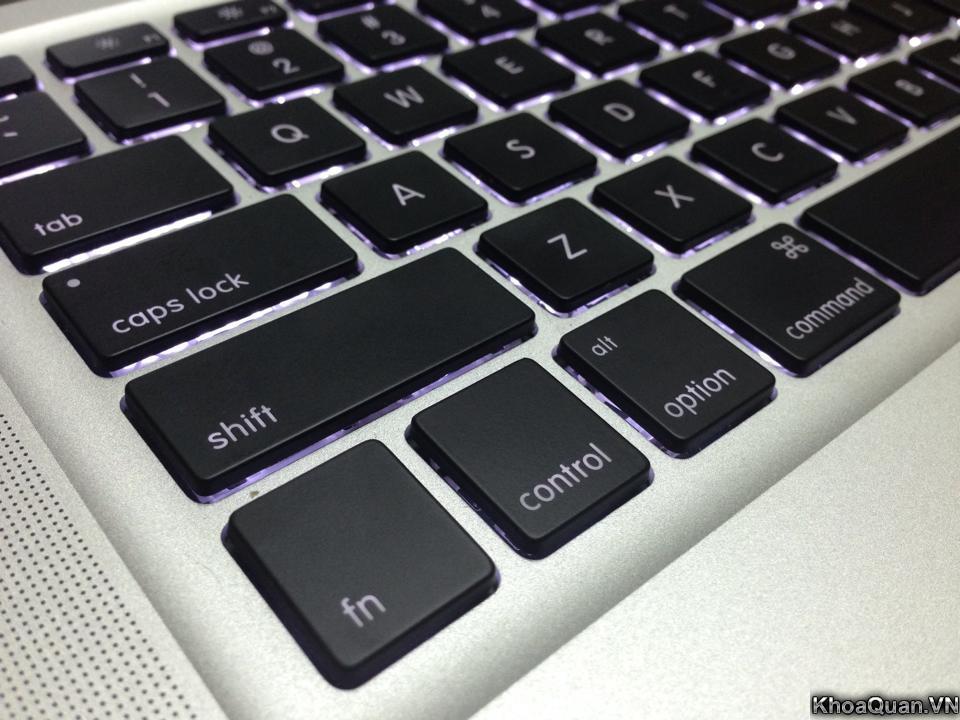 Macbook-Pro-MC721-15-6