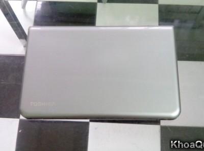 Toshiba L55t (Core i5 3337U – Ram 4GB – HDD 750GB -15 inch) Màn hình cảm ứng