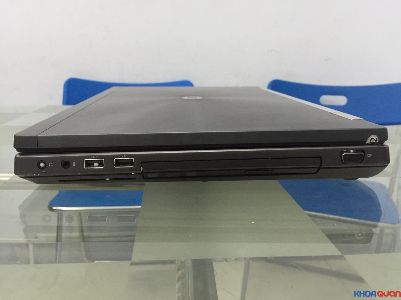 HP Elitebook 8760W-i7-17-3