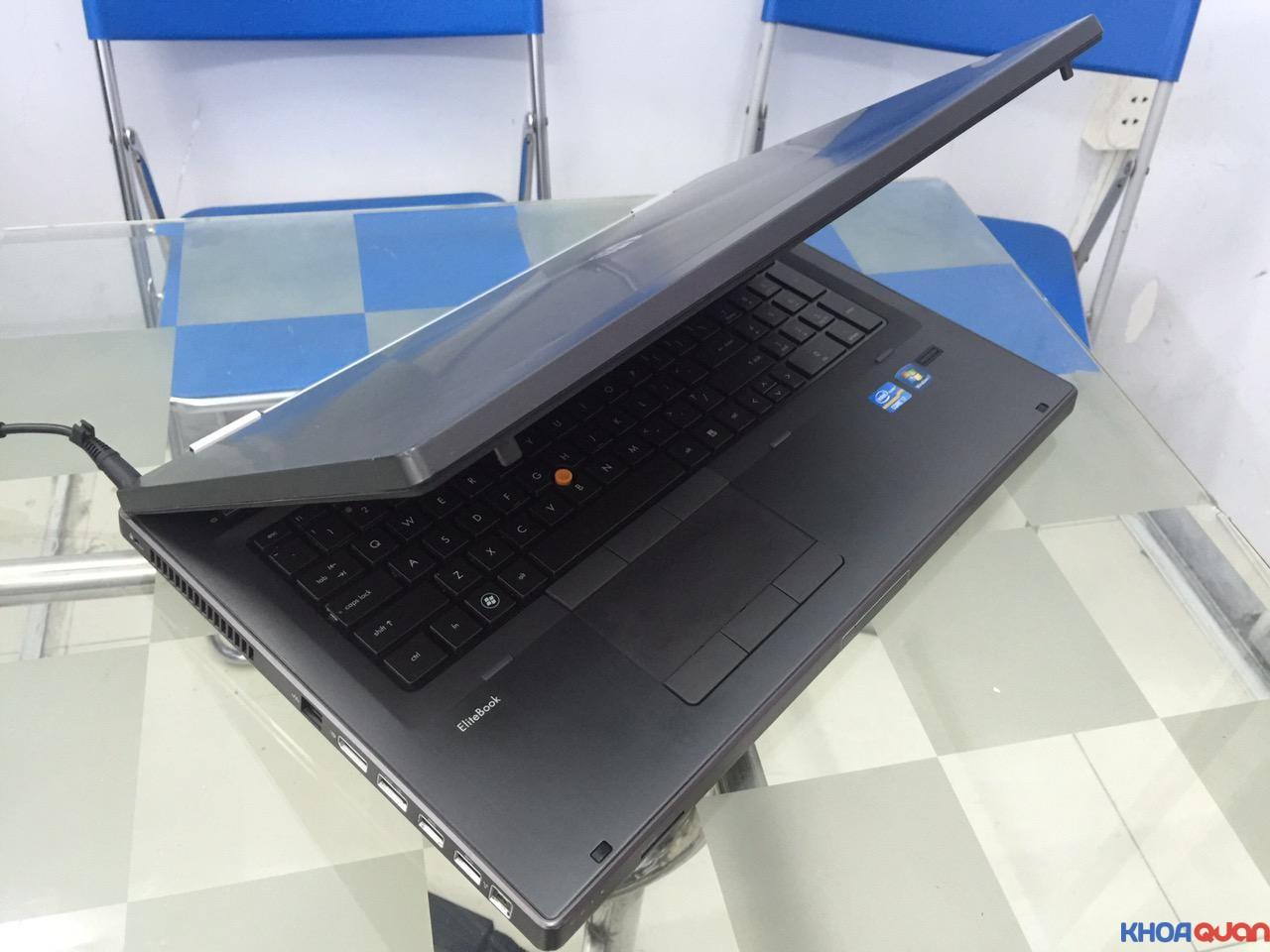 HP Elitebook 8760W-i7-17-6