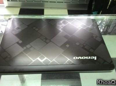 Lenovo IdeaPad U460 (Intel Core i5 M450 – Ram 4G – HDD 500G – 13″ – GF 305M) mới 97%