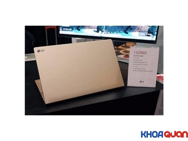 lg-ra-mat-laptop-xach-tay-mong-15cm