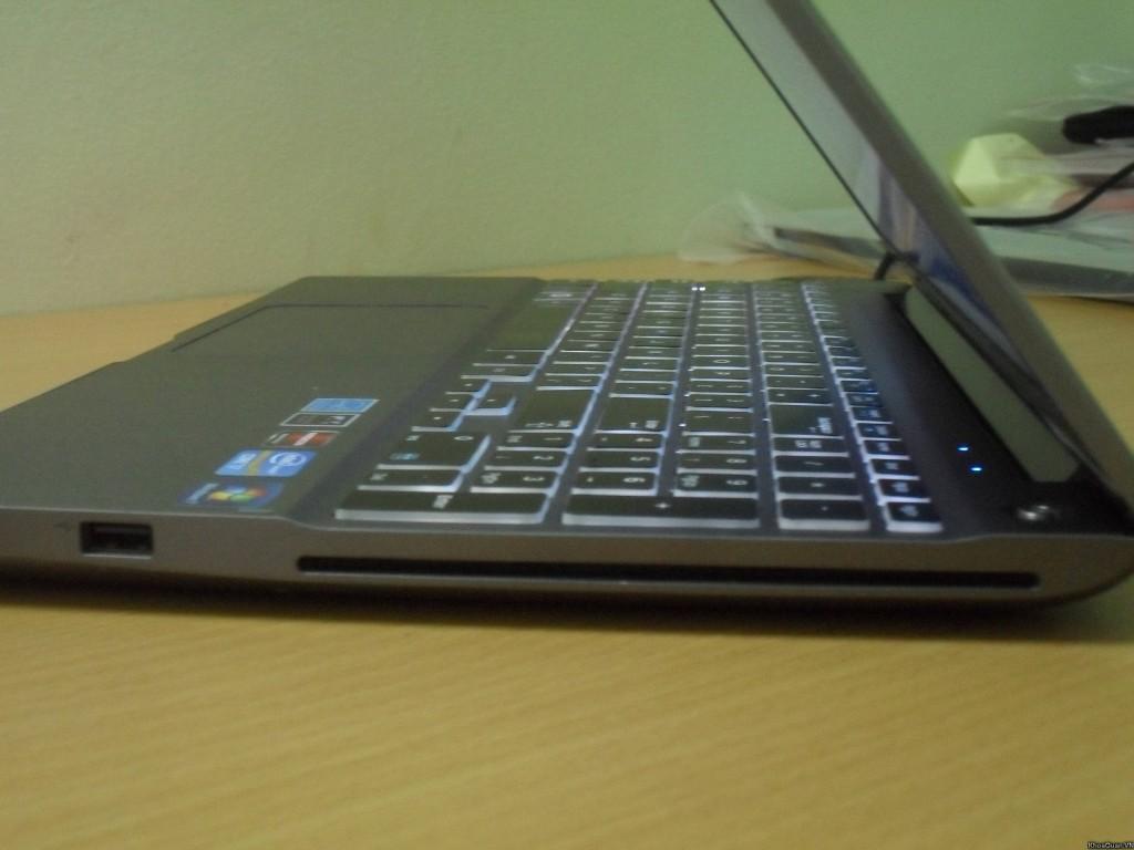 Samsung 700z I7 15-7