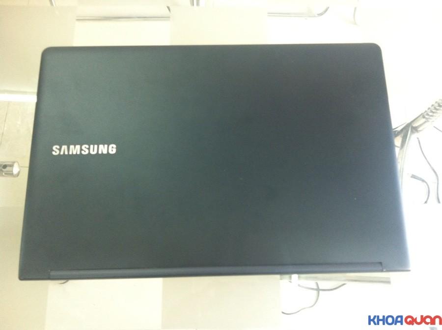 Samsung-ATIV-Book-9-15-3