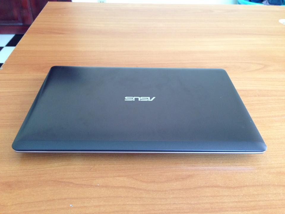 Vivobook Asus X202E I3 11-1