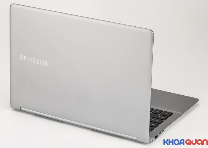 SAMSUNG-NP900X3L-2