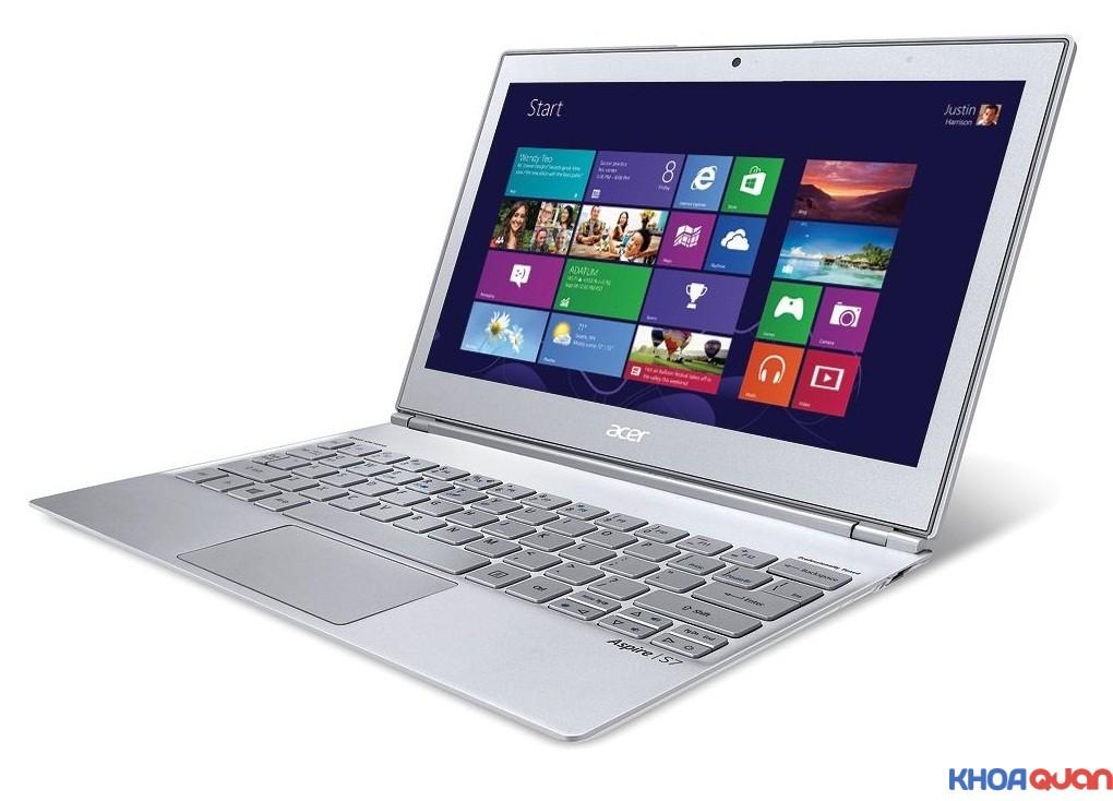 4-laptop-da-phuong-tien-tot-nhat-1