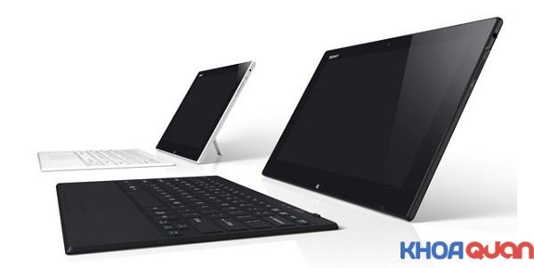 co-nen-chon-laptop-man-hinh-cam-ung-khong