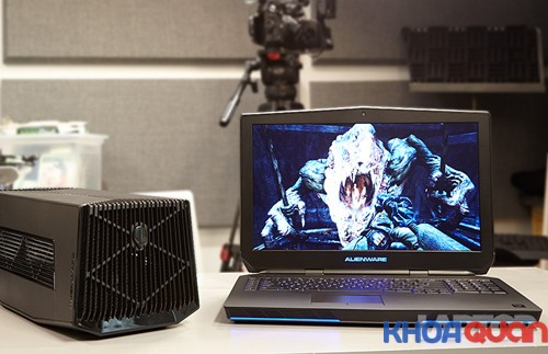 mau-laptop-danh-cho-game-thu-alienware-17-2015.1