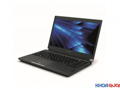 Toshiba-satellite-R700-1