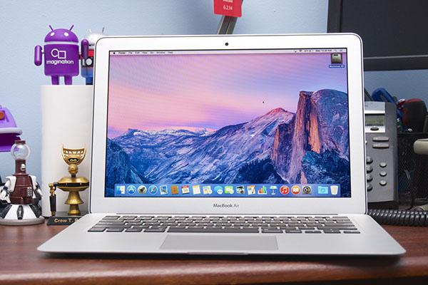 Nên mua laptop Apple không