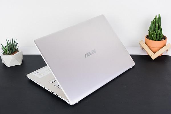 tại sao không nên mua laptop asus