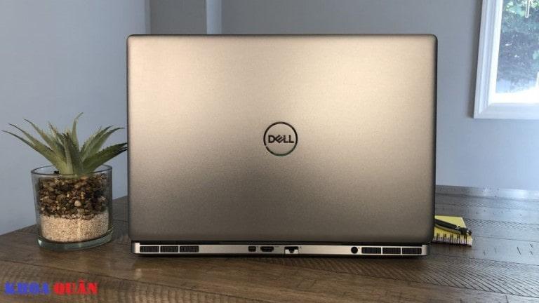 cổng kết nối mặt sau Dell Precision 7550