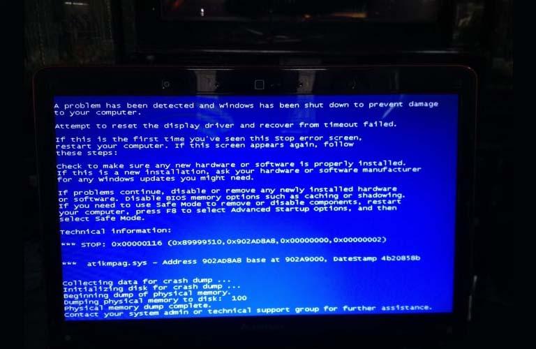 Màn hình xuất hiện màu xanh dương khi gặp lỗi ổ cứng laptop Dell