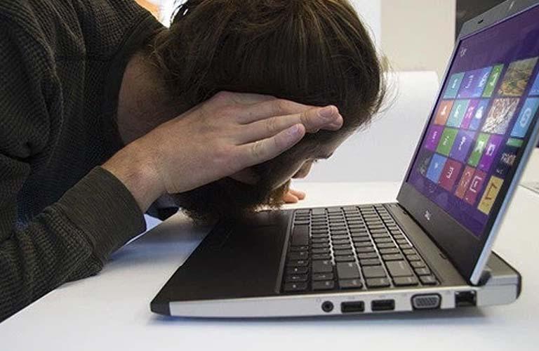 Những âm thanh phát ra từ máy không còn nghe thấy nữa vì quạt laptop đã ngừng quay