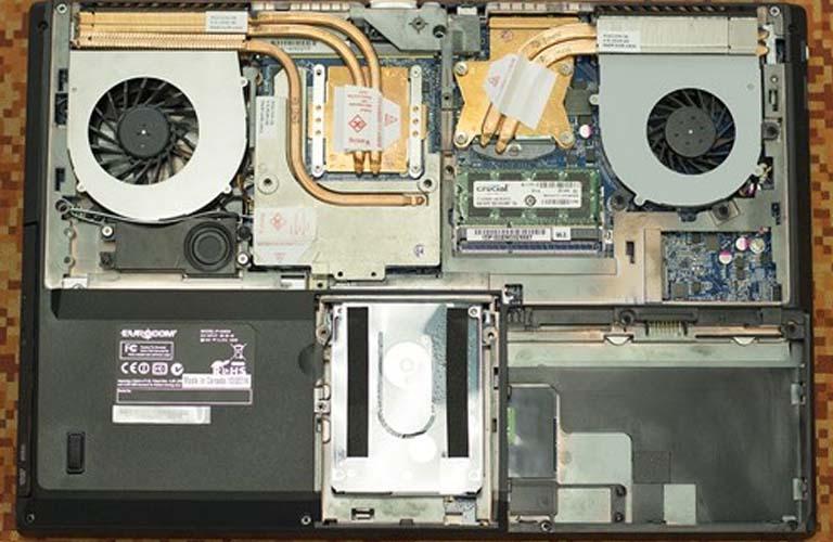 Nếu phát hiện card màn hình laptop đã bị hư thì các bạn cần thay mới nó