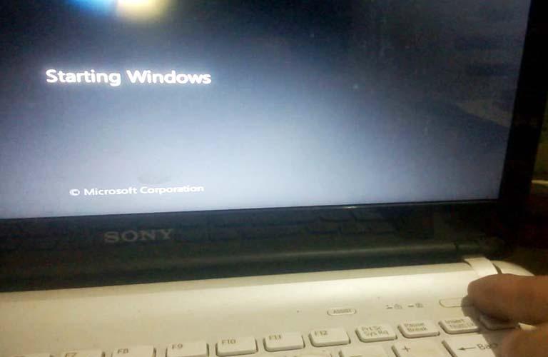 Tiến hành việc khởi động máy tính của mình để sửa lỗi DNS