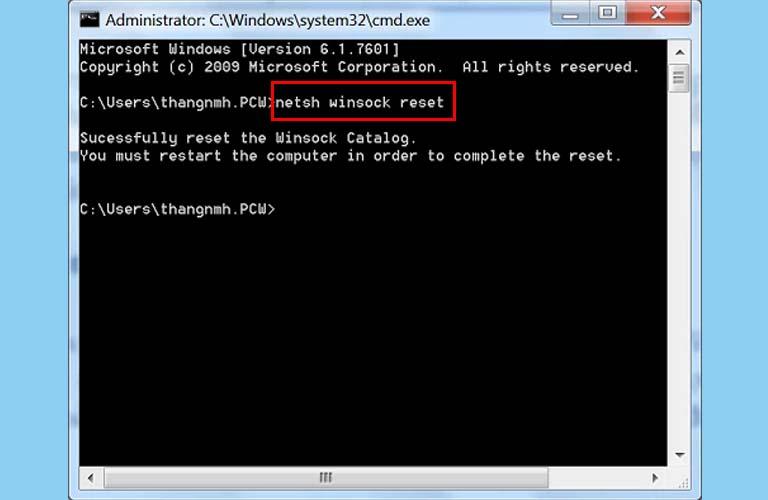 Các bạn gõ lệnh netsh int ip resetvà nhấn Enter để lệnh này chạy