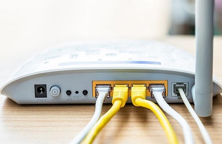 Ngắt kết nối nguồn Router trong khoảng vài phút rồi sau đó cắm nguồn lại