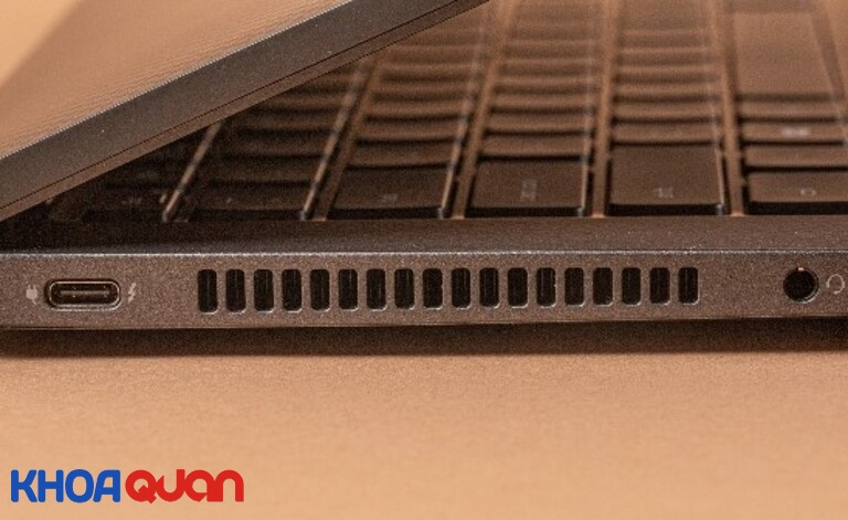 Hệ thống tản nhiệt bên hông Dell Latitude 7420 2-in-1 laptop